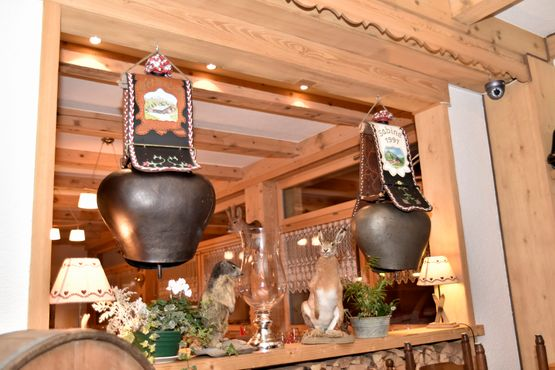 Cloches - Restaurant les Fontaines Blanches